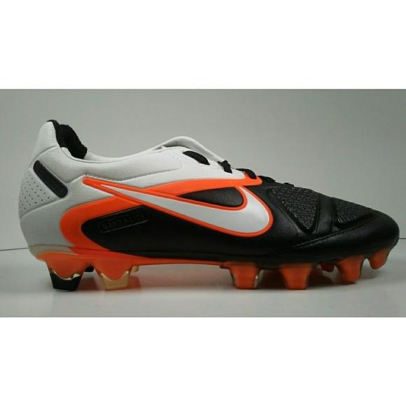 ec71e314af424 2011 Nike CTR360 MAESTRI ll FG Soccer Cleats